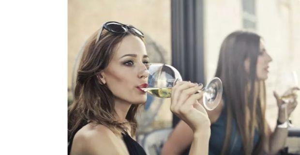 Comment déguster un vin primeur ? Nos conseils sur l'organoleptique des vins primeurs